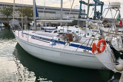 Grand Soleil 35 for sale in Italy for €35,000 (£32,069)