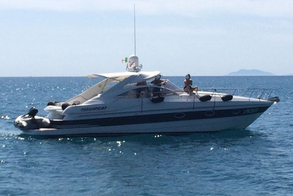 Pershing 37 for sale in Italy for €130,000 (£119,162)