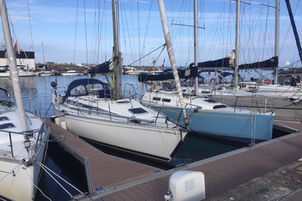 Beneteau First 375 for sale in France for €39,000 (£35,544)