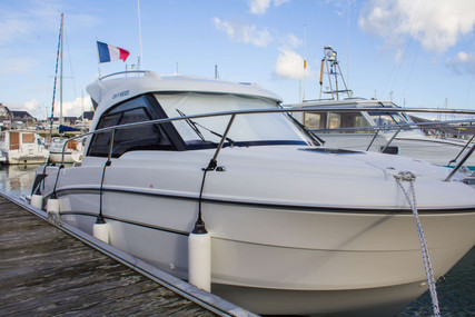 Beneteau Antares 7 OB for sale in France for €39,900 (£36,634)