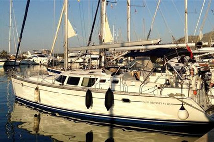 Jeanneau Sun Odyssey 43 DS for sale in Spain for €80,000 (£73,402)