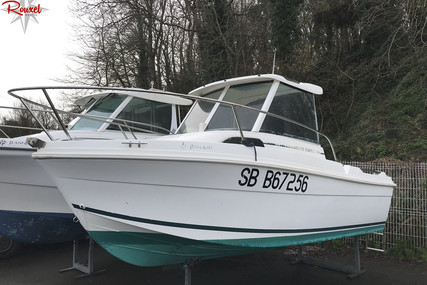 Jeanneau Merry Fisher 530 for sale in France for €8,000 (£7,345)