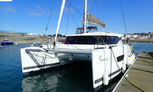 Image of Fountaine Pajot Lucia 40 for sale in France for €395,000 (£361,920) France