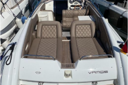 Sunseeker Hawk 31 for sale in Spain for €59,000 (£53,555)