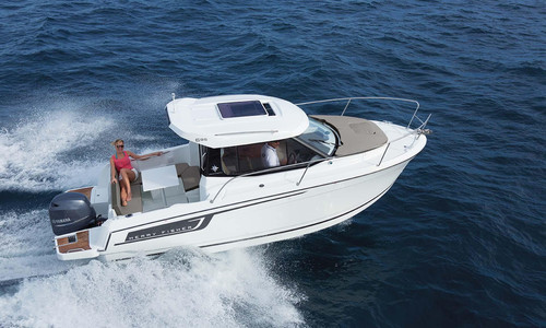 Image of Jeanneau Merry Fisher 695 for sale in France for €69,900 (£63,351) HYERES, , France