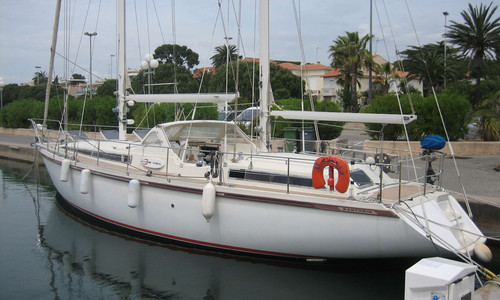 Image of Amel Santorin for sale in France for €129,000 (£117,730) var, , France