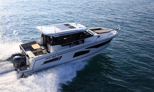 Image of Jeanneau Merry Fisher 1095 for sale in France for €204,900 (£187,181) hyères, hyères, , France