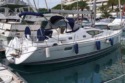 Jeanneau Sun Odyssey 42 DS for sale in France for €135,000 (£123,326)