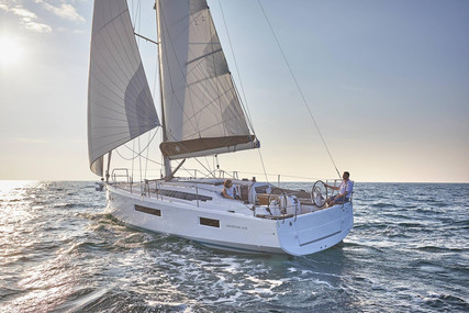 Jeanneau Sun Odyssey 410 for sale in France for €288,700 (£264,632)