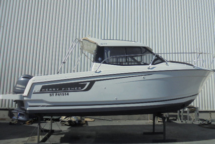 Jeanneau Merry Fisher 695 for sale in France for €42,000 (£38,357)
