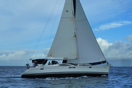 Jeanneau Sun Odyssey 54 DS for sale in France for €181,500 (£165,767)