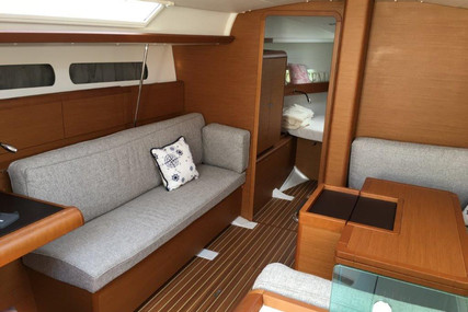 Jeanneau Sun Odyssey 419 for sale in Hungary for €185,000 (£167,668)
