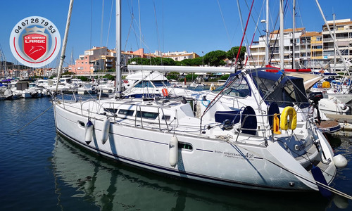 Image of Jeanneau Sun Odyssey 42i Performance for sale in France for €115,000 (£105,031) CAP D'AGDE, , France