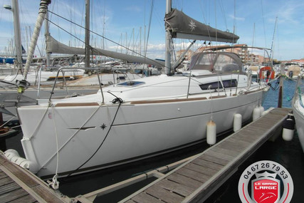 Jeanneau Sun Odyssey 33i for sale in France for €75,900 (£69,316)