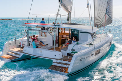 Lagoon 42 for sale in Spain for €420,000 (£382,786)