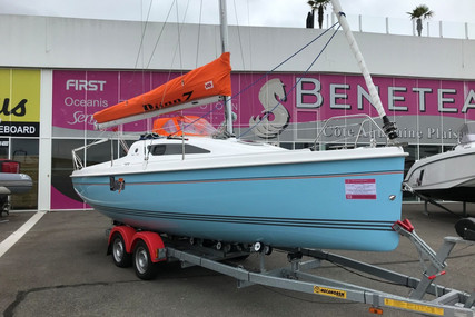 B2 Marine Djinn 7 for sale in France for €39,900 (£36,450)