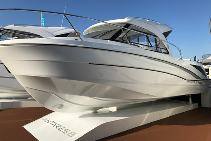 Beneteau Antares 8 OB for sale in France for €62,000 (£56,583)