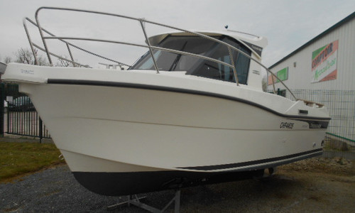 Image of Ocqueteau Oceanis 411 for sale in  for €35,000 (£32,082) St Vaast La Hougue, Normandie, ,