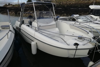 Beneteau Flyer 7.7 Spacedeck for sale in France for €45,500 (£41,775)