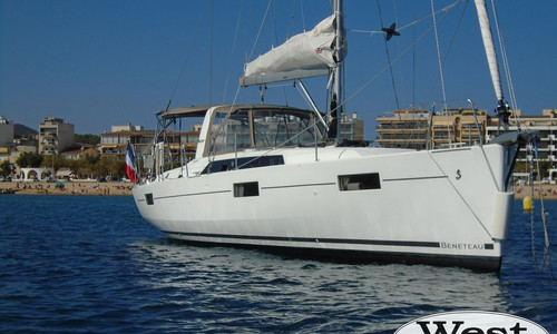 Image of Beneteau Oceanis 41.1 for sale in France for €207,700 (£190,385) France