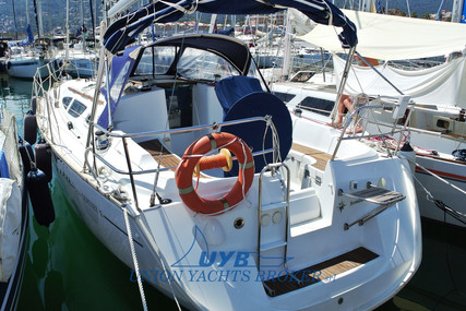 Jeanneau Sun Odyssey 35 for sale in Italy for €60,000 (£54,795)