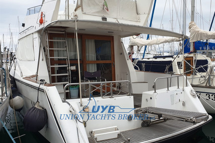 Aquarius 421 for sale in Italy for €45,000 (£41,289)