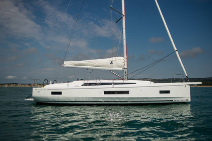 Beneteau Oceanis 40.1 for sale in France for €295,000 (£270,295)