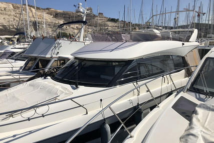 Prestige 450 for sale in France for €400,000 (£364,558)