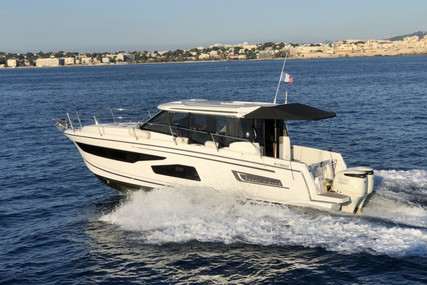 Jeanneau Merry Fisher 1095 for sale in France for €172,000 (£156,920)