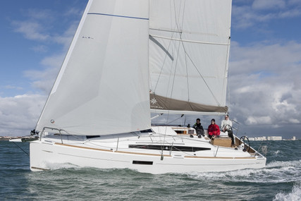 Jeanneau Sun Odyssey 349 Lifting Keel for sale in France for €155,000 (£133,788)