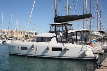 Lagoon 42 for sale in Spain for €520,000 (£473,925)