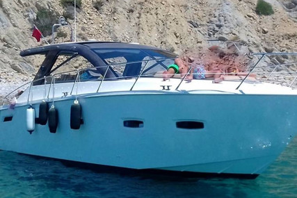 Sealine SC35 for sale in Spain for €170,000 (£146,336)