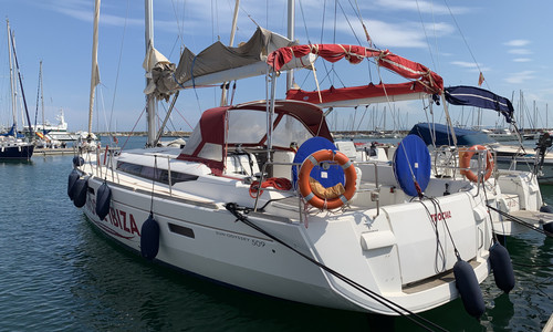 Image of Jeanneau Sun Odyssey 509 for sale in Spain for €150,000 (£136,998) Valencia, , Spain