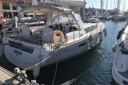 Beneteau Oceanis 41 for sale in France for €149,000 (£136,115)