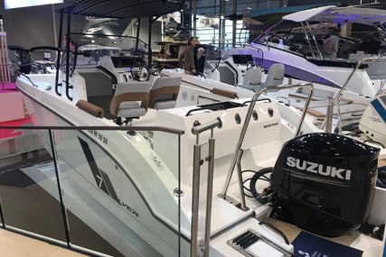 Beneteau Flyer 7 Spacedeck for sale in France for €62,800 (£57,580)