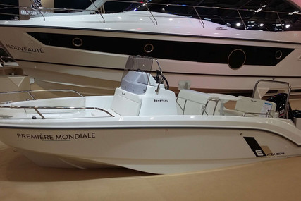 Beneteau Flyer 6 Spacedeck for sale in France for €39,900 (£36,574)