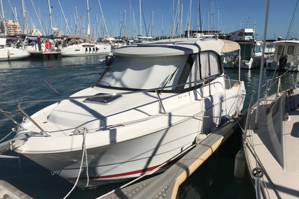 Beneteau Antares 680 HB for sale in France for €34,000 (£31,053)