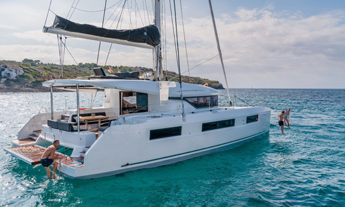 Image of Lagoon 50 for sale in France for €720,000 (£653,553) France