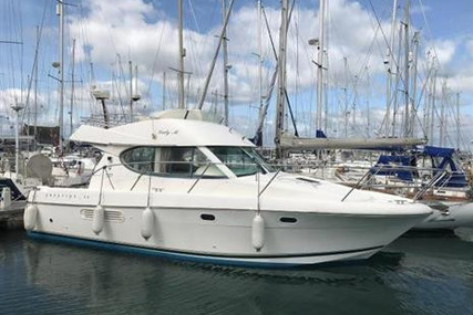 Prestige 32 for sale in Ireland for €92,250 (£84,247)