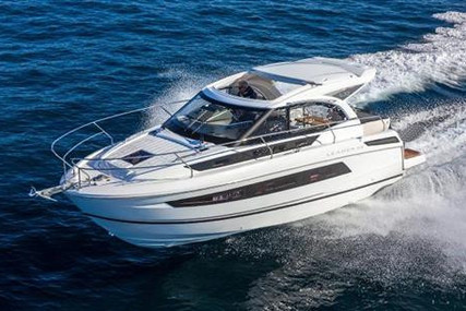 Jeanneau Leader 33 for sale in Ireland for €319,000 (£291,327)