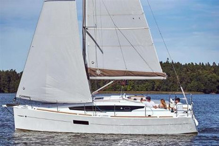 Jeanneau Sun Odyssey 319 for sale in Ireland for €119,850 (£109,379)