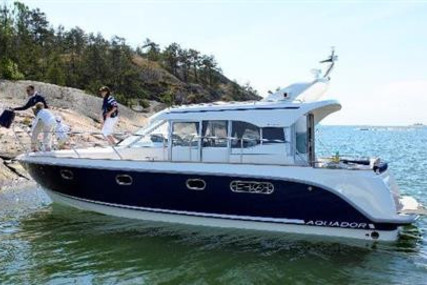 Aquador 32 C for sale in Ireland for €249,000 (£227,399)
