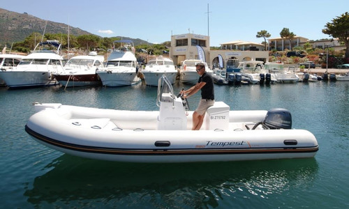 Image of Capelli TEMPEST 560 EASY for sale in France for €16,300 (£14,935) CALVI, CALVI, France