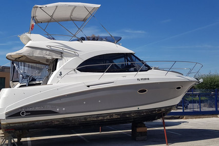 Beneteau Antares 30 Fly for sale in France for €139,000 (£126,980)