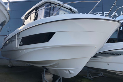 Beneteau Barracuda 9 for sale in France for €115,000 (£105,413)