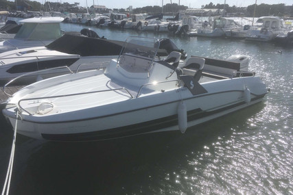 Beneteau Flyer 6.6 Sundeck for sale in France for €35,000 (£31,454)