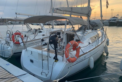 Beneteau Oceanis 31 for sale in Spain for €99,900 (£91,261)
