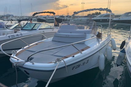 Beneteau Flyer 6 Sundeck for sale in Spain for €40,000 (£36,530)