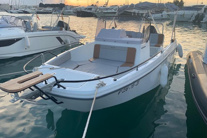 Beneteau Flyer 7 Spacedeck for sale in Spain for €57,000 (£52,262)
