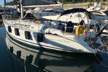 Jeanneau Sun Odyssey 45 for sale in France for €119,000 (£109,079)